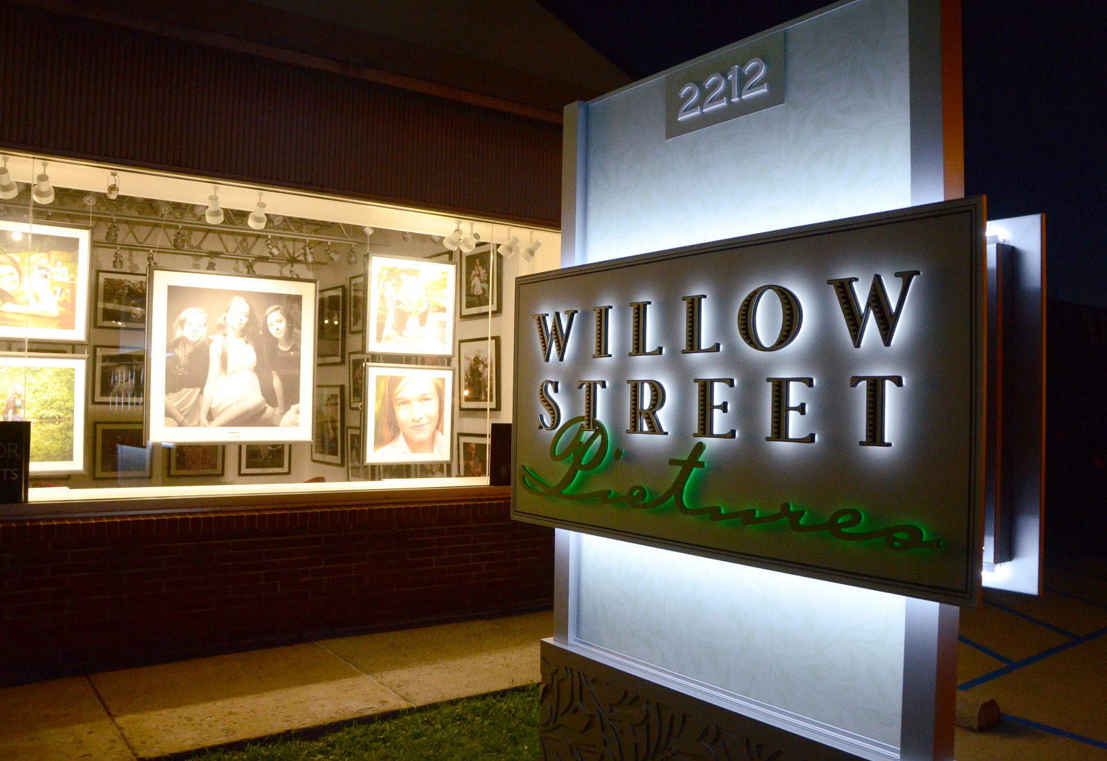 Willow Street Pictures - West Lawn, PA